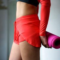 Yoga Short Jaya sideview - kismet yogastyle