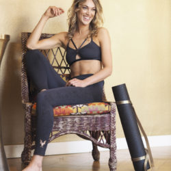Kismet Yogastyle-Yoga fashion-Yoga wear for women and men-yoga tops and bottoms-new collection