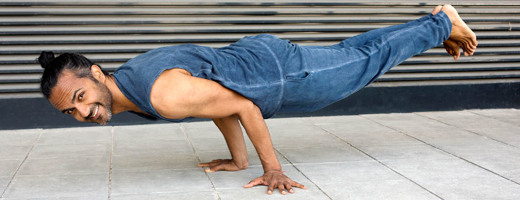 Pant Vaju Tank Ganesh Kismet Yogastyle Banner