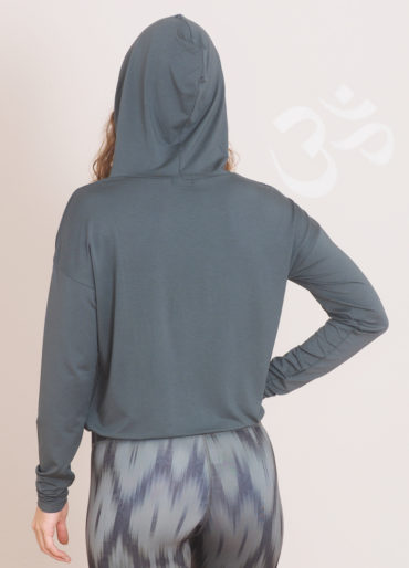 Kismet Yoga Hoodie Sheeva back front view-yoga Leggings Devi ikat oliv-hood up