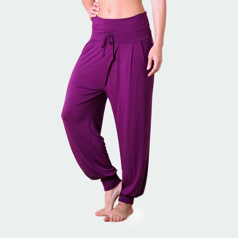 yoga pant padmini burgundy-front view-yoga pant-kismet yogastyle