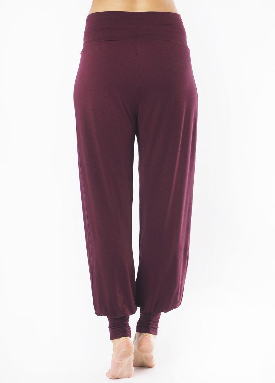 Kismet Yoga Pant Padmini mystic red front frei folded