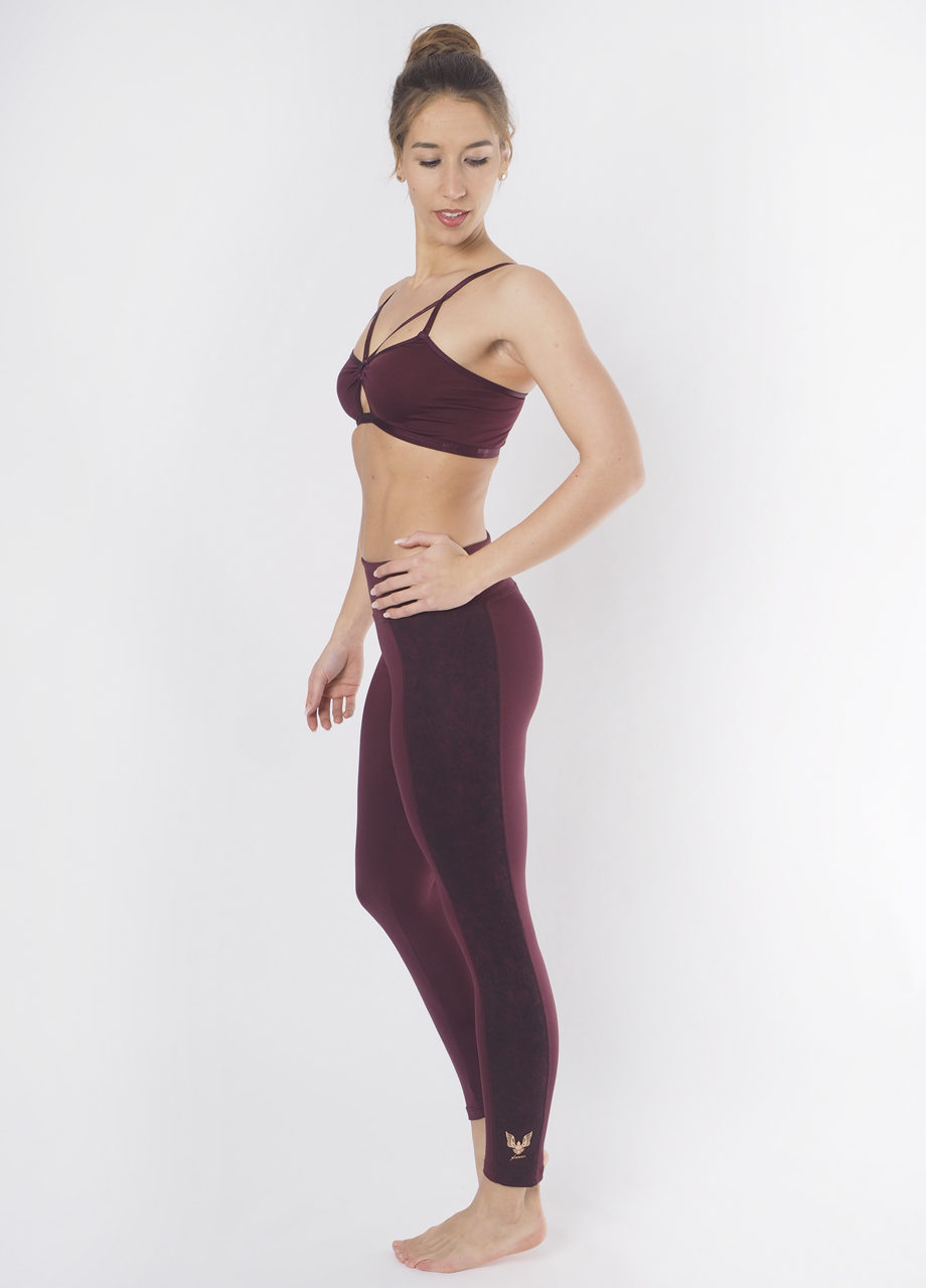 Kismet Yoga Shape Leggings Lakshmi mystic red full look