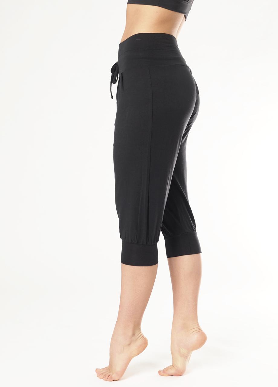 14276a167c9 Yoga Pant Padmini Capri - Anthracite