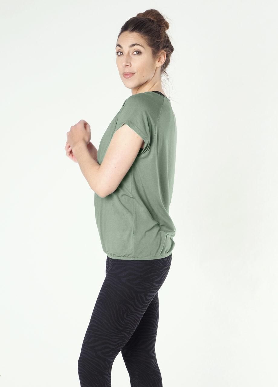 Kismet Yoga Tee Jiva jade side