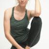 Yoga Tank Ria - Jade Zebra front sitzend