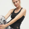 Yoga Tank Ria - Anthracite Zebra front sitzend